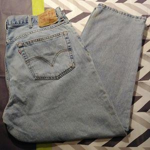 Levi's 560 Comfort Fit Size 38x30 Light Blue Jeans